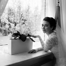 Wedding photographer Nina Cvetkova (Nulok). Photo of 11.12.2013