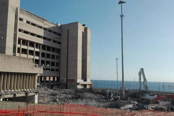 Demoizione Palazzo delle Poste