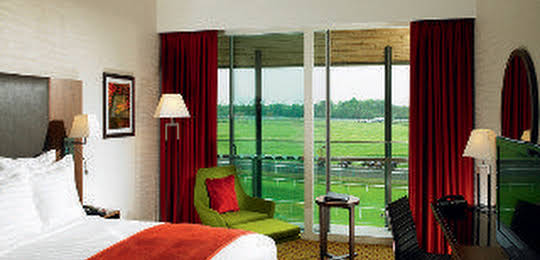 Lingfield Park Marriott Hotel & Country Club
