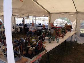 Photo: Moteurs thermiques et tracteurs de toutes sortes