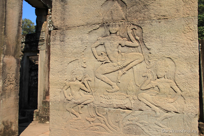 Зал танцовщиц, храм Преах Кхан