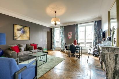 Rivoli II Serviced Apartment, Louvre