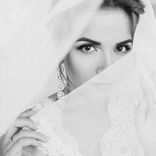Wedding photographer Polina Pomogaybina (Pomogaybina). Photo of 03.03.2017