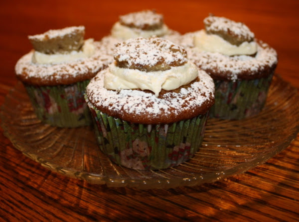 Banana Cream Filled Cupcakes Recipe