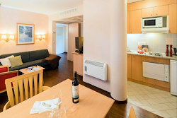 Kurfurstendamm Serviced Apartment, Charlottenberg