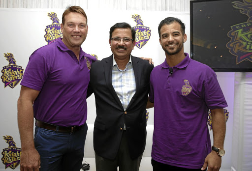 KNIGHT RIDERS:  Cape Town Knight Riders coach Jacques Kallis, left, with CEO Venky Mysore, centre, and captain JP Duminy.
