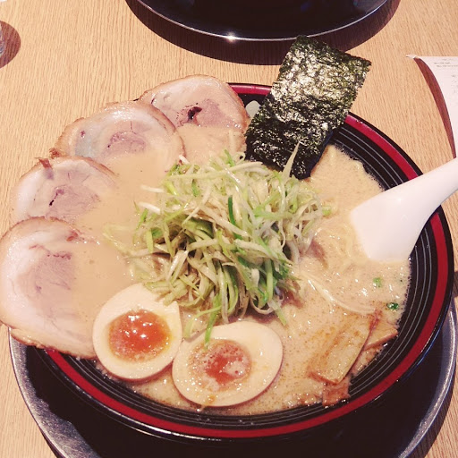 超值東京豚骨拉麵🍜🍜🍜 cp值高,湯頭建議調淡(*゚∀゚)
