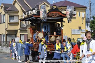 Photo: 【平成26年(2014) 本宮】 山車も神輿に続き、亀ヶ池八幡宮を目指す。