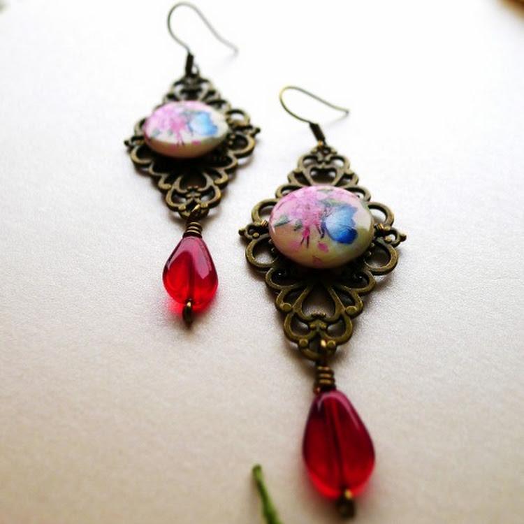 Vintage Earrings by Heavenly Gems