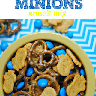 Quick and Easy Minions Snack Mix.