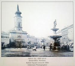 Photo: Fontanna Danubius jeszcze na Kálvin tér (fotografia z ok. 1880 r.)