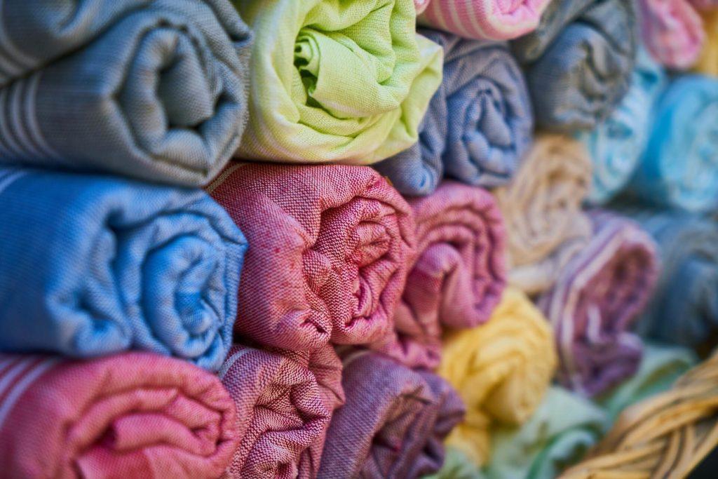 Cloth wholesale