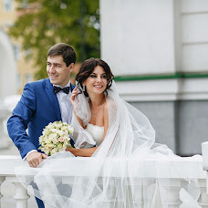 Wedding photographer Svyatoslav Dyakonov (SlavaLiS). Photo of 09.01.2018