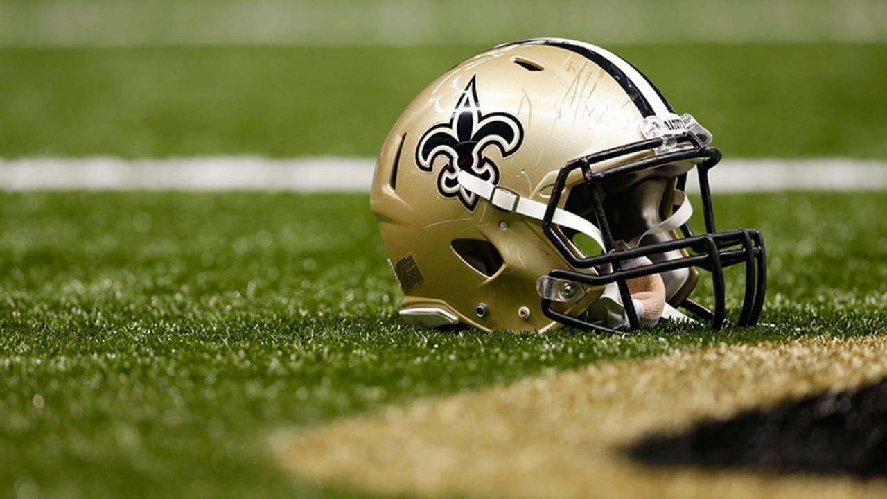 Biểu tượng của đội New Orleans Saints chủ yếu là vàng và đen
