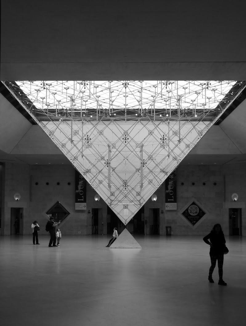 Geometrie tra vetro e luce  di Luk
