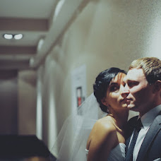 Wedding photographer Viktor Lipkov (stilyagiphoto). Photo of 13.11.2012