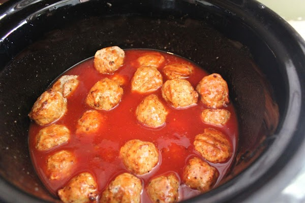Add frozen meatballs to slow cooker. Cover.