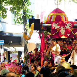 Ratha Yatra Köln 2018_3 by Svetlana Saenkova - City,  Street & Park  Street Scenes ( red, vedic, procession, chariot, devotion, cologne, ratha yatra,  )