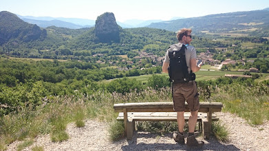 Photo: Wandelen over bergen levert mooie uitzichten op