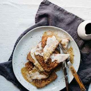Gingerbread-spiced Vegan French Toast