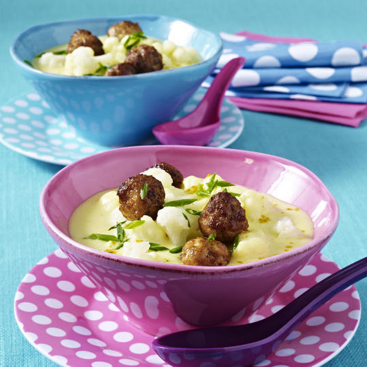 Cauliflower Soup with Meatballs