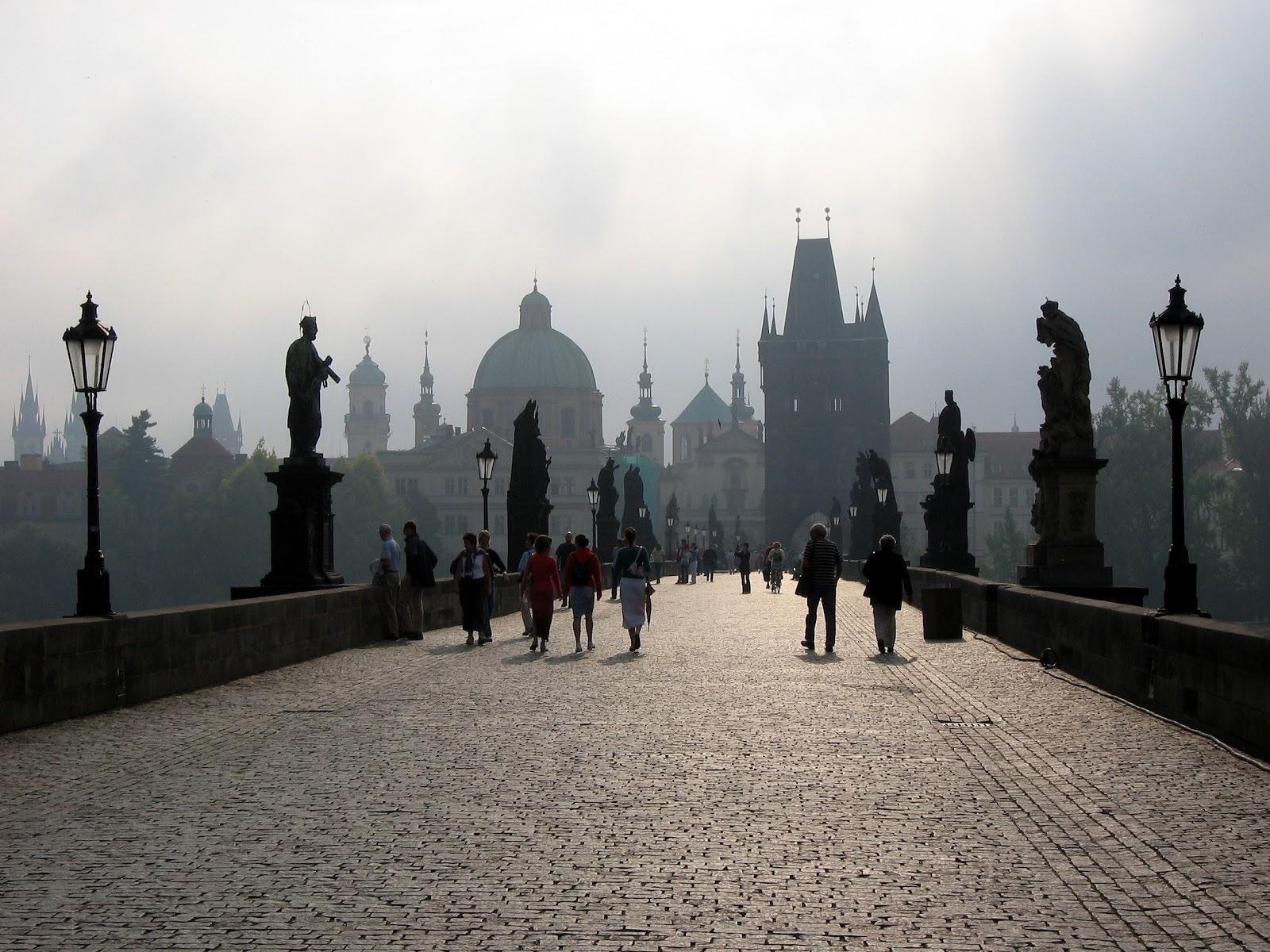 File:Karlův most.jpg