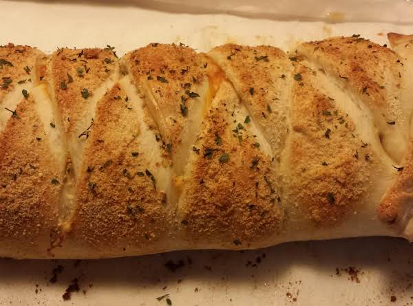 Spaghetti Stuffed Garlic Bread Recipe