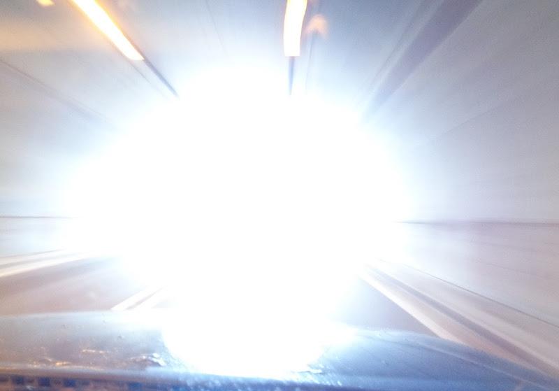 Il tunnel verso....  di FLORANS
