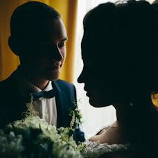 Wedding photographer Dmitriy Shumeev (wedmoment). Photo of 13.03.2018