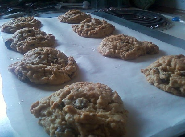 Peanut Butter Chocolate Chip Oatmeal Cookies Recipe