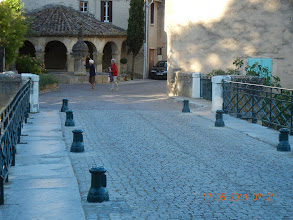 Photo: Mollans s.Ouvèze tôt le matin