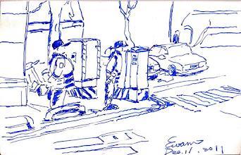 Photo: 路口的交通警察2011.12.11鋼筆 尖鋒時刻的十字路口,兩位交警正忙著控制燈號。
