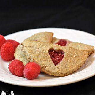 Raspberry Pocket Cookies (Himbeerdasche)