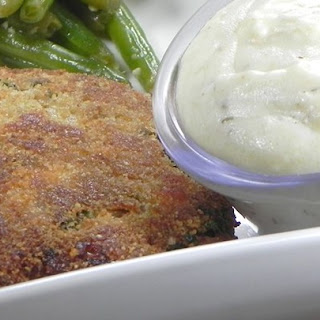 Lemon Sauce for Salmon Patties