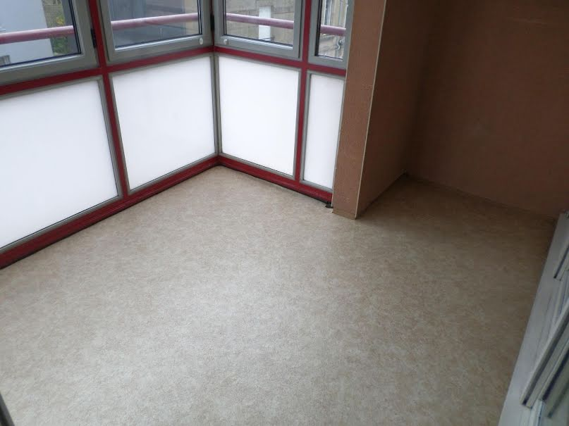 Location  appartement 4 pièces 92 m² à Autun (71400), 625 €