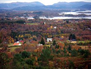 Photo: Utsikt ned mot Førde, Klokkarvik, Lerøy og deler av Fana