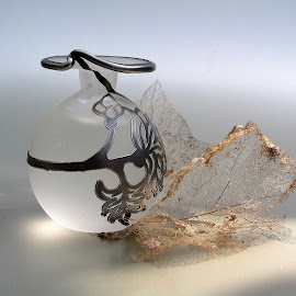 simplicity by Sue Rickhuss - Artistic Objects Glass