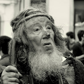 Actor beggar Basilius. by Nelson Coelho - People Professional People