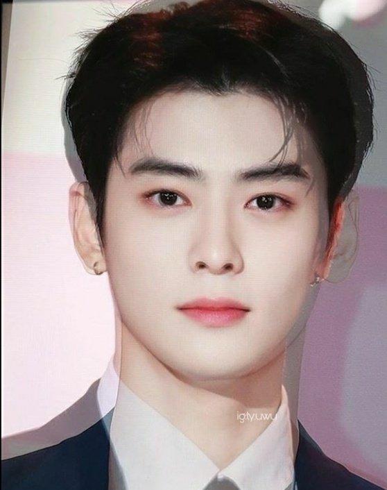 Cha-Eunwoo-and-Jaehyuns-average-face