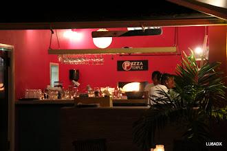 Photo: Pizzeria Temple en la costa de Bonaire