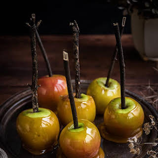How to make delicious toffee apples for Halloween.