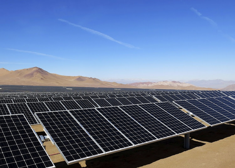 Solar panels in the desert. Picture:REUTERS/FABIAN ANDRES CAMBERO