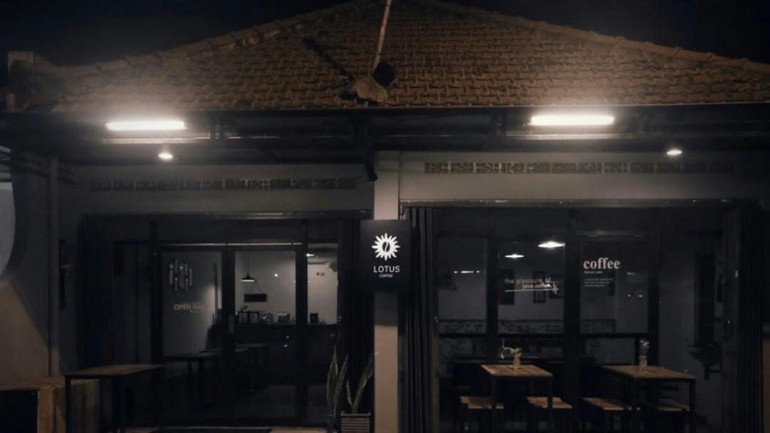 Lotus Coffee Coffee Shop