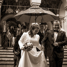 Wedding photographer Madalina si Ciprian Ispas (fotoycafe). Photo of 13.10.2014