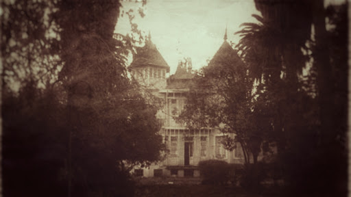 Antigua foto de la casa embrujada Dubois