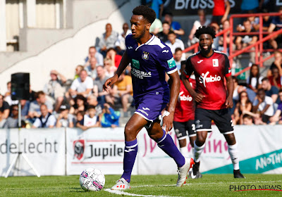 Anderlecht-huurling zwaar onderuit in degradatieduel in Eredivisie