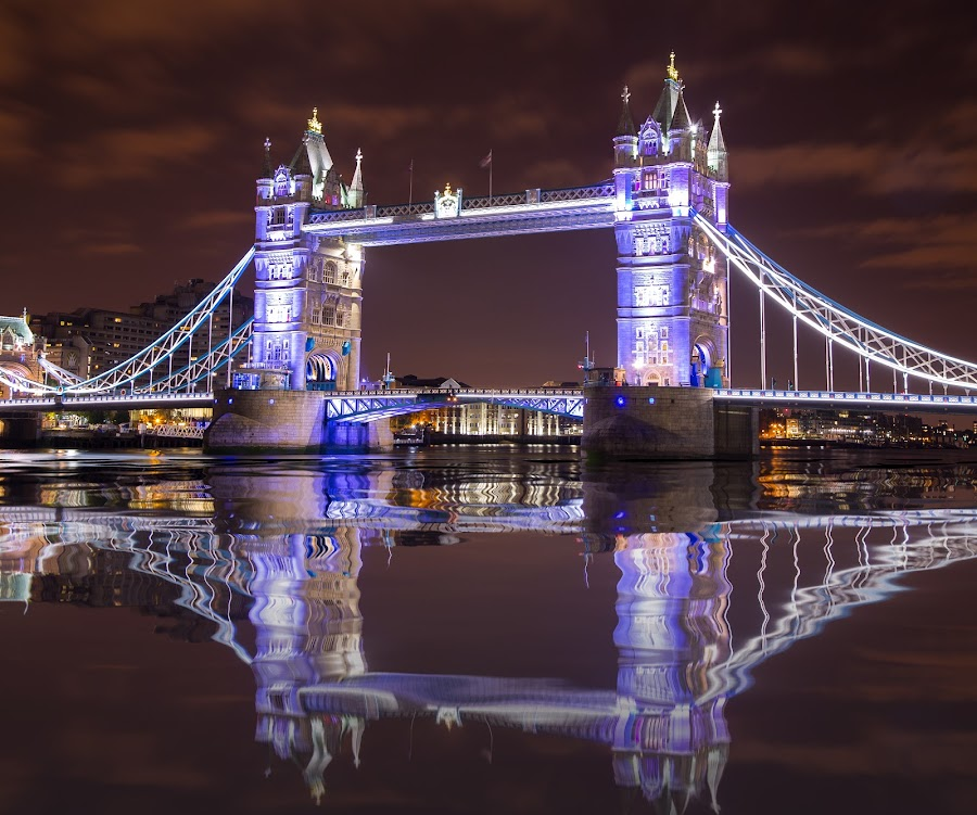 Tower Bridge at night by Dmitriy Andreyev - Buildings & Architecture Bridges & Suspended Structures ( london, tower bridge )