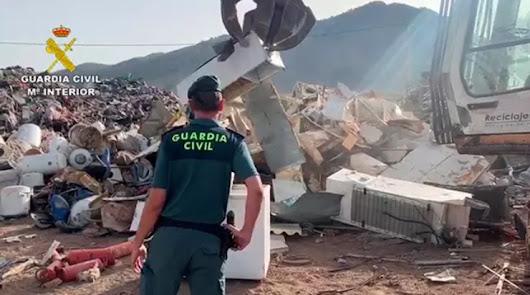 Dos empresas almerienses acusadas por exceso de contaminación