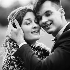 Wedding photographer Aleksey Astredinov (alsokrukrek). Photo of 04.12.2017