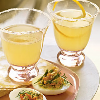 Champagne Limoncello Cocktails.